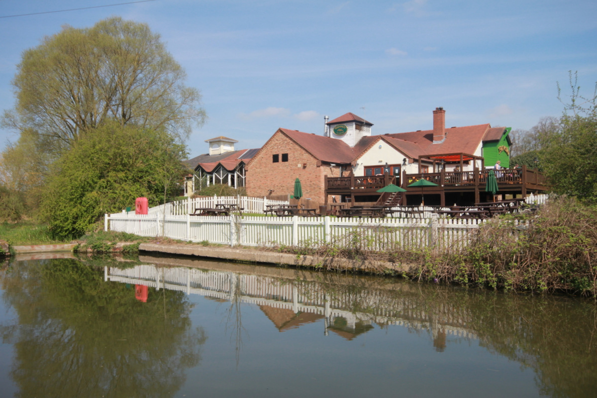 Bell and Barge Pub