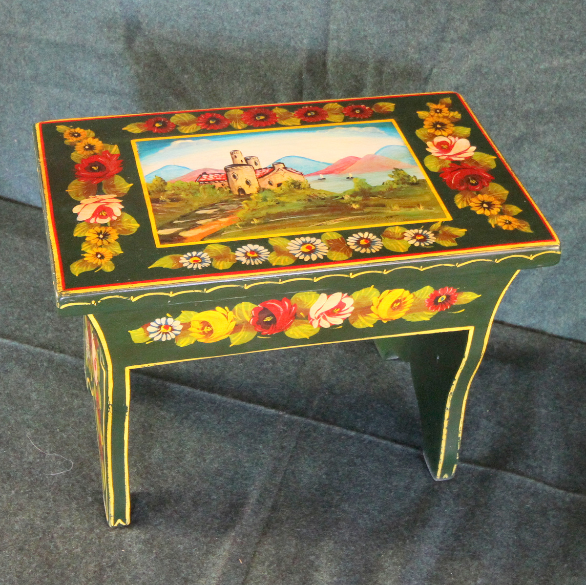 Roses and Castles Cabin Stool